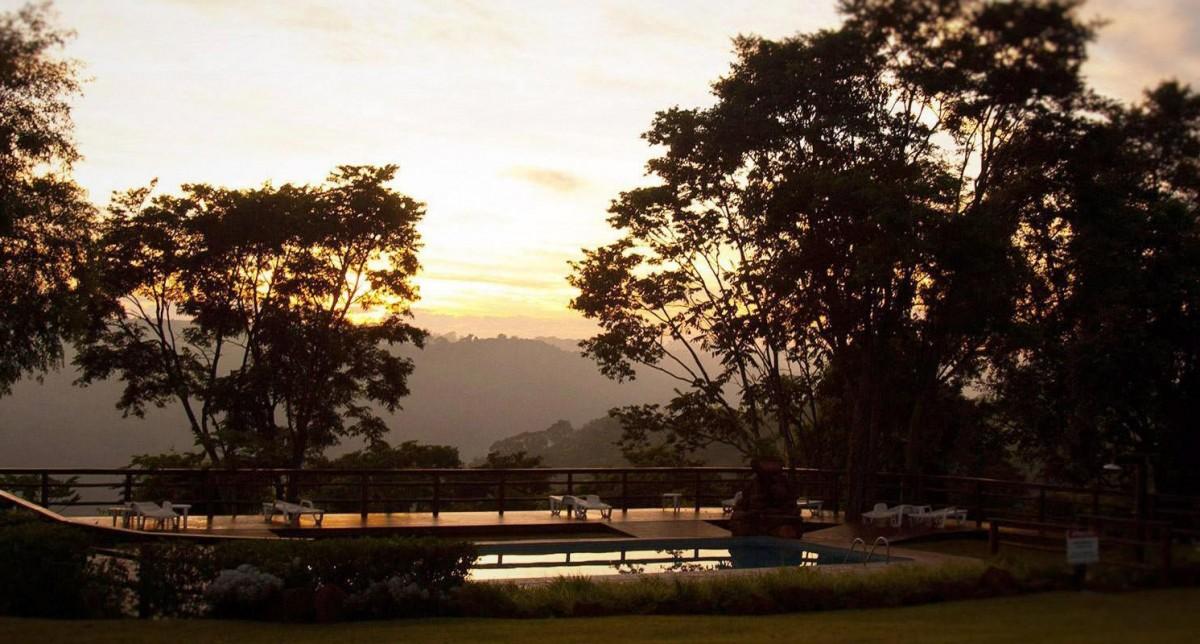 por-do-sol-recanto-das-cachoeiras-brotas